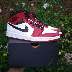 Air Jordan 1 Mid Chicago Red White Sneakers